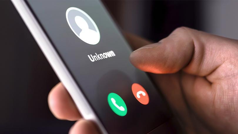 Cómo llamar con número oculto desde móvil